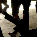 roma migrante picchiato a sangue