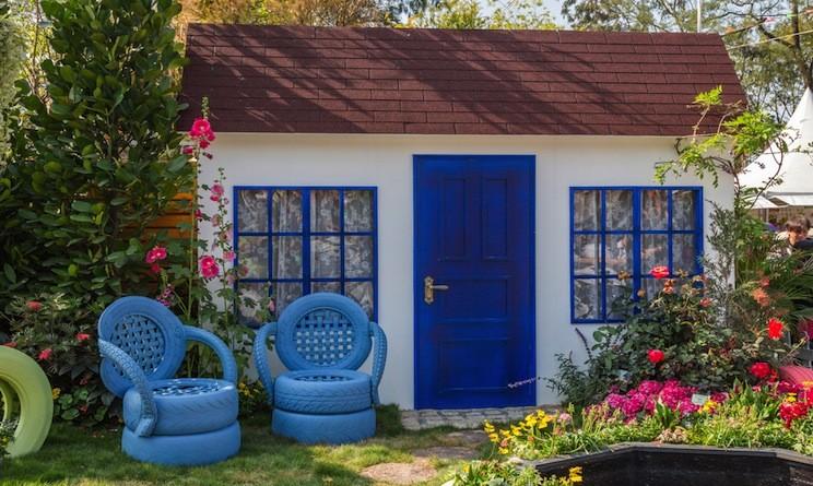 Arredo giardino 3 idee fai da te originali di riciclo for Arredamento originale casa