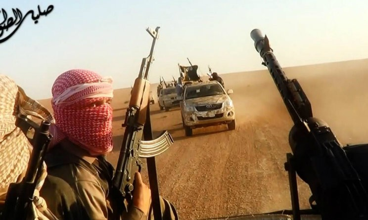 Filippine, sacerdote e fedeli ostaggio di militanti filo-Isis