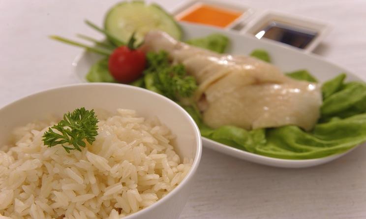 Ecco come dimagrire velocemente con la dieta del riso e del pollo