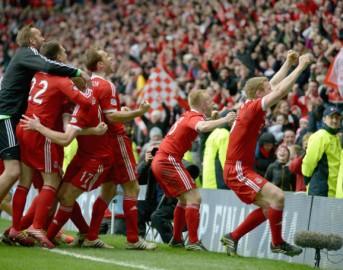 Calcio, 5500 km per seguire l'Aberdeen in Europa League: tifosi da record