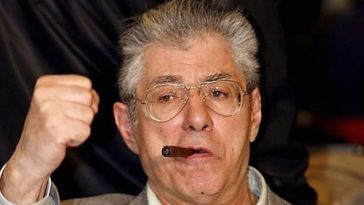 Umberto Bossi condannato Lega Nord