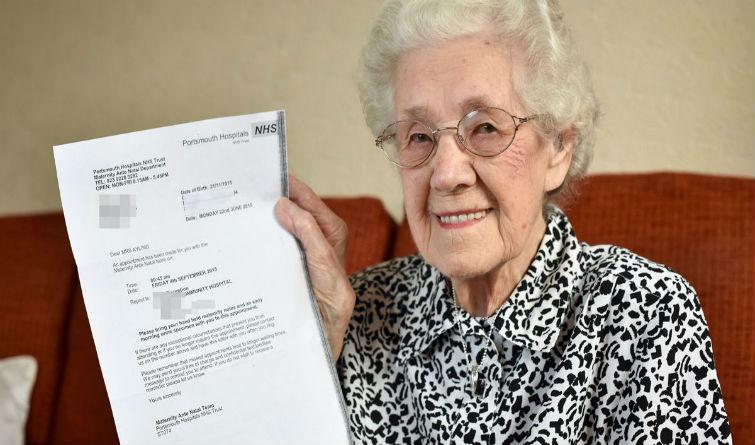 99 anni incinta inghilterra donna errore Doris ayling