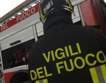 Como incendio in abitazione privata: coinvolti 4 bambini, morto il padre