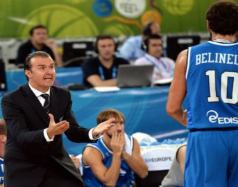 Basket Nba, Marco Belinelli debutta con i Sacramento Kings: 32 punti in 34′