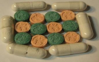 """Traffico di droga in Italia: sostanze ordinate via """"deep web"""" e recapitate per posta"""