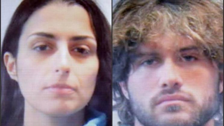 Continua la vicenda di Martina Levato e del figlio neonato. La ragazza, condannata insieme al ragazzo a 14 anni per un'aggressione con l'acido, ... - Martina-Levato-e-il-suo-amante-744x419