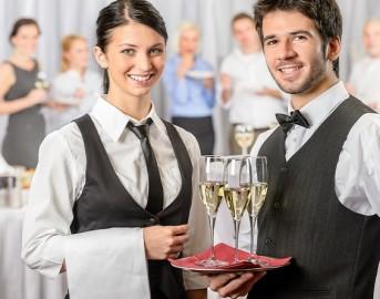 Offerte di lavoro nel turismo 2015: opportunità per cuochi e camerieri a Bolzano e Roma