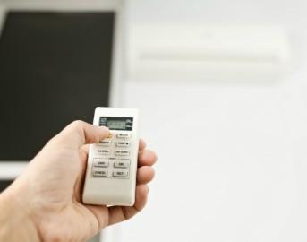 Come combattere il caldo in casa e risparmiare energia elettrica