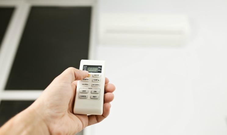 come risparmiare energia elettrica, come combattere il caldo in casa