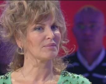 """Dalila Di Lazzaro a Domenica Live: """"sono stata violentata tre volte"""""""