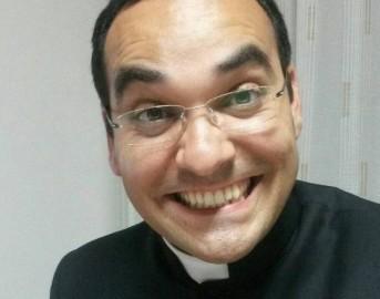 """Cagliari parroco """"vergine"""": in una lettera le accuse dei fedeli a don Albino Lilliu"""