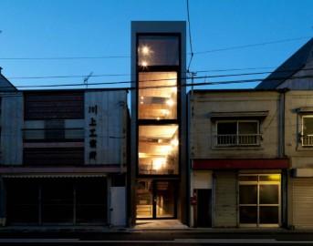 La casa più stretta del mondo: vivere in 1,9 metri di larghezza