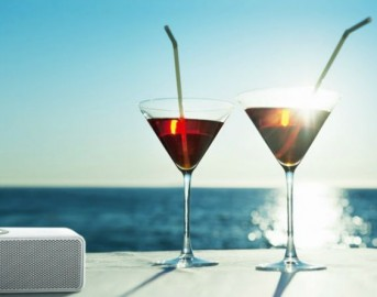 I 5 prodotti Tech da spiaggia Agosto 2015: speaker LG, Excelvan smartwatch, Kindle, Onite carica batteria portatile