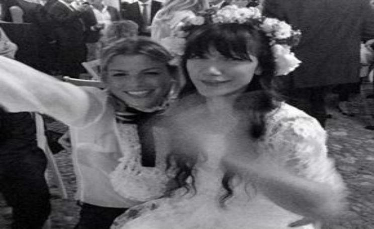 Emma Marrone al matrimonio di Elisa