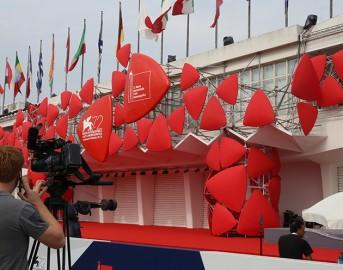 Festival del Cinema di Venezia 2015 inaugurazione: i dietro le quinte che non si vedono mai