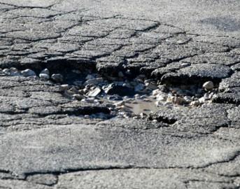 RoadChecker: ecco l'app segnalatrice di buche stradali