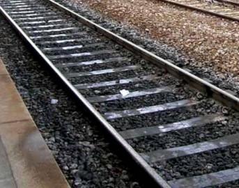 Carnate: 29enne travolto da treno in corsa subisce amputazione gambe in ospedale