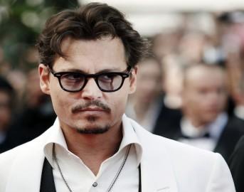 """Johnny Depp contro Donald Trump: """"Quando è stata l'ultima volta che un attore ha sparato un presidente?"""""""