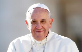 Tumore Papa Francesco è giallo: il Vaticano si è espresso, Padre Lombardi ironizza