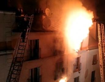 Incendio Parigi ultimi aggiornamenti: sospetta origine dolosa, fermato un uomo