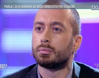 Anthony Manfredonia a Domenica Live: accusato da Manuela Villa, si difende con parolacce e appellativi coloriti