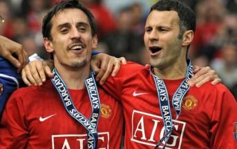 Ryan Giggs e Gary Neville: i due ex Manchester United si prodigano per i senzatetto