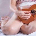 Gravidanza, i bambini ascoltano la musica e cantano durante la gravidanza,