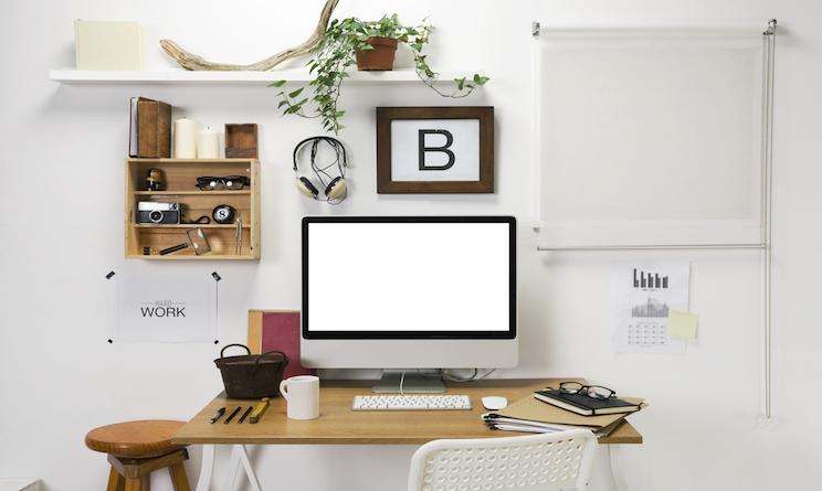 Lavorare da casa con il pc 5 consigli per la scrivania - Idee per lavoro da casa ...
