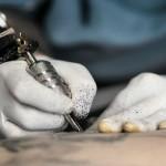 tatuaggi e piercing rischi per la salute