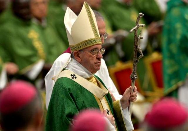 papa francesco ratzinger