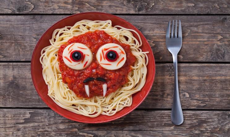 Halloween 2015 bambini: cena con gli spaghetti al vampiro - UrbanPost