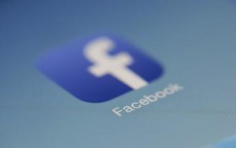 Mamme su Facebook, un disastro annunciato: i 5 errori che non dovrebbero commettere