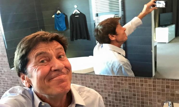 Gianni Morandi Facebook selfie