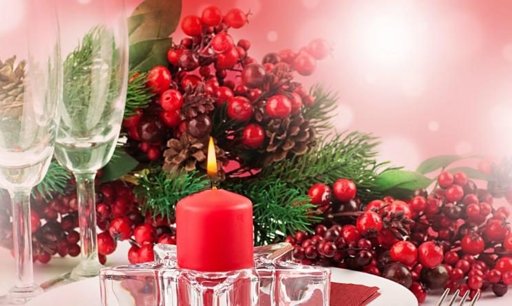 Natale 2015 addobbi casa come creare un centrotavola fai - Addobbi natalizi sulla tavola ...