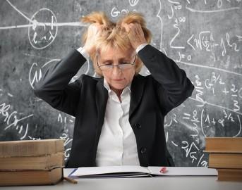 Insegnanti, lo stress da lavoro di cui si parla poco in Italia: l'allarme e le proposte