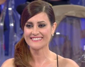 """Uomini e Donne trono over, l'ex dama Elga Profili confessa: """"Non è tutto vero"""""""