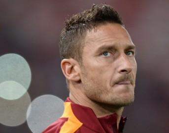 """Roma ultimissime, Francesco Totti attacca: """"I calciatori di oggi seguono i soldi, non il cuore"""""""