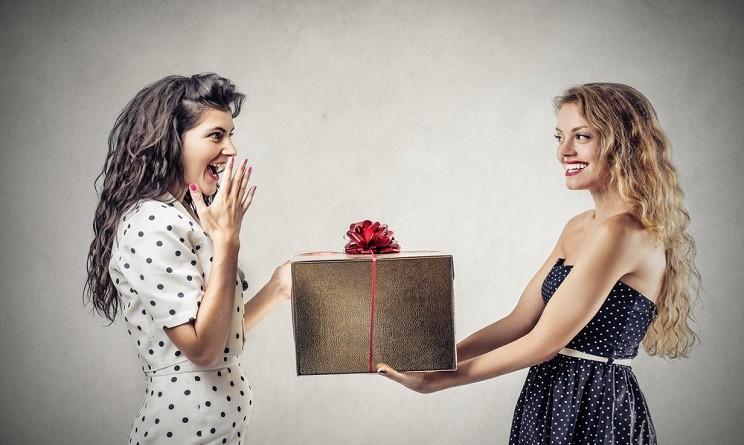 Natale 2015 idee regalo amiche 5 oggetti per la casa - Idee regalo per la casa originali ...