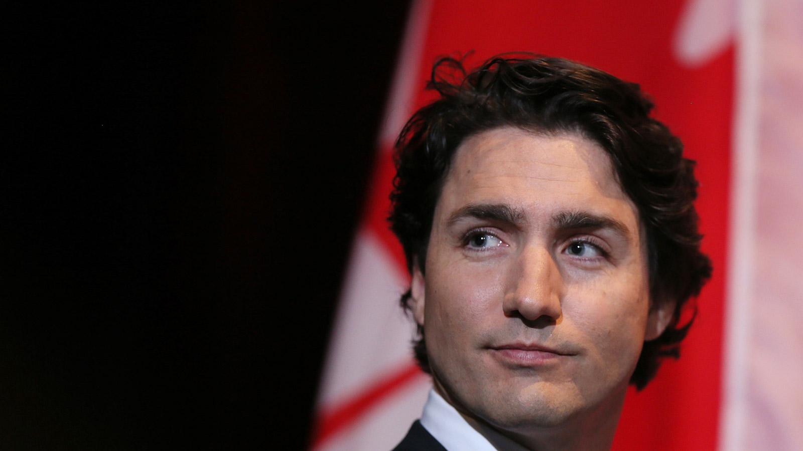il nuovo primo ministro canadese governo metà al femminile