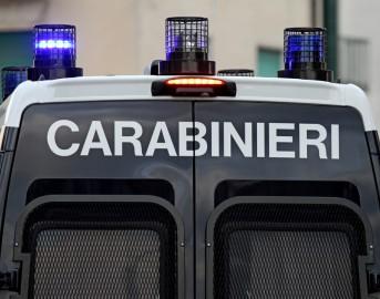 """Pavia, uccide la convivente a colpi di pistola poi chiama il 118: """"Venite, l'ho ammazzata"""""""