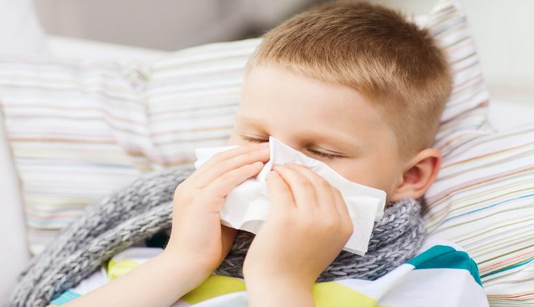 raffreddore bambini come curarlo, raffreddore bambini rimedi naturali, raffreddore bambini rimedi omeopatici, raffreddore bambini e omeopatia, raffreddore bambini lavaggi nasali,