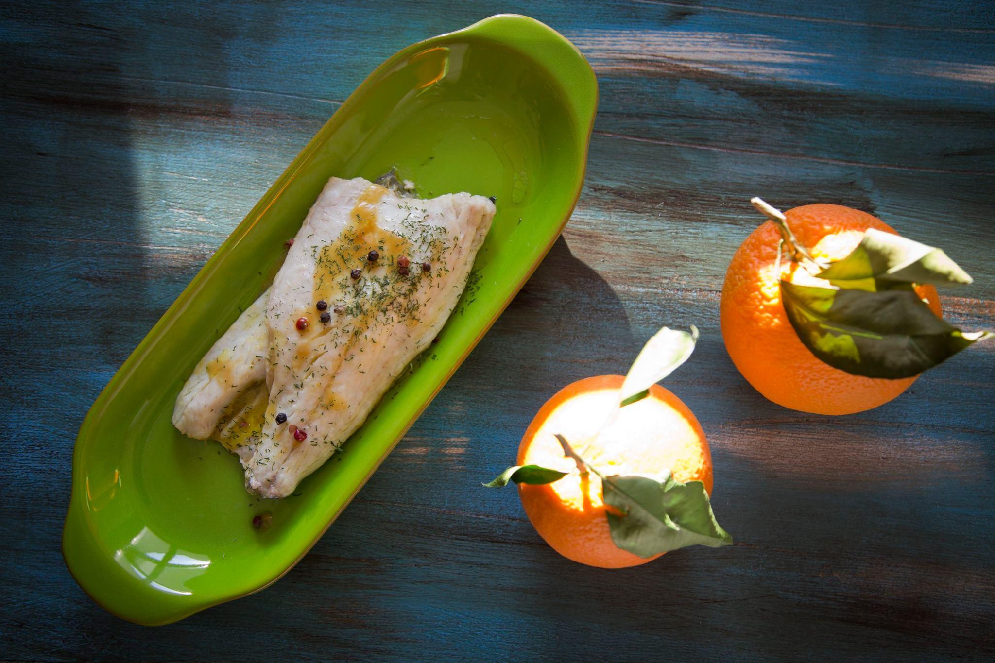 Ricette La Prova del Cuoco: branzino all'arancia di Natale Giunta rivisitato