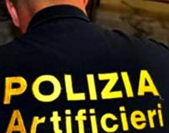 Livorno auto carica di esplosivo nel porto: fermato un livornese