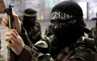 Iraq: raid aereo contro convoglio dell'Isis, oltre 250 jihadisti uccisi