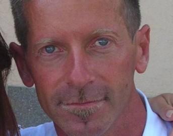 Caso Yara Massimo Bossetti compleanno in cella: la sorella gemella va a trovarlo e continua a difenderlo