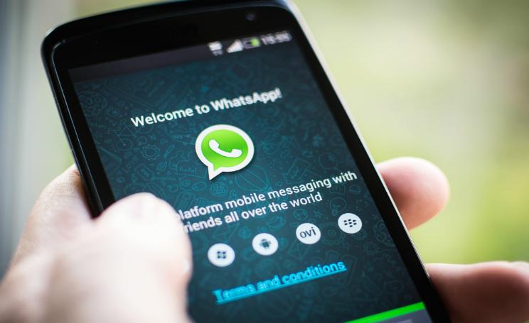 WhatsApp attentati a Parigi