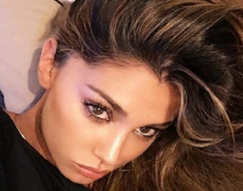 Belen Rodriguez e Andrea Iannone si sono lasciati: storia al capolinea per colpa della showgirl