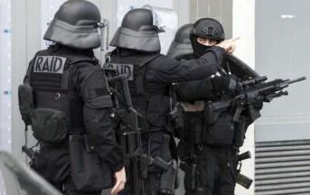 Francia, auto contro militari alle porte di Parigi: sei feriti fra cui due gravi
