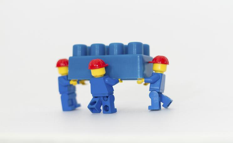 Lego cerca progettisti